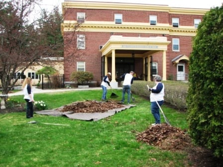Liberty Mutual Volunteers