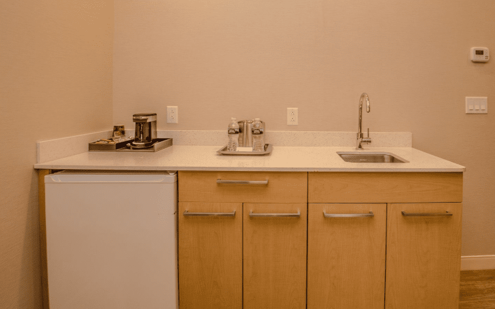 Chandler Luxury Studio Suite dry bar with coffee maker and ice bucket, storage and mini fridge